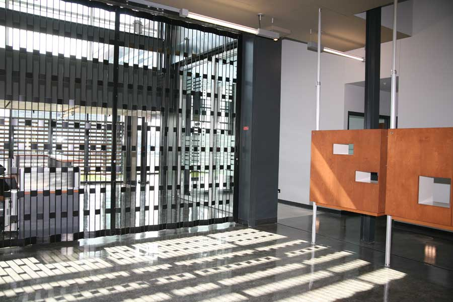 Folding Closures By Mobilflex Accordion Doors Com